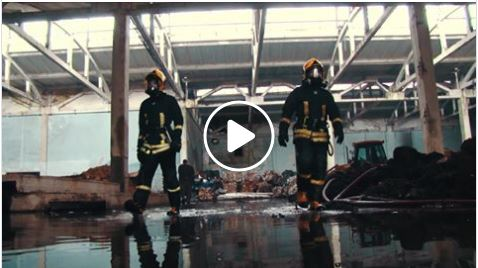 Pasaulio alytiškiai dėkoja gaisrą Alytuje gesinusiems gaisrininkams ir merui